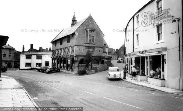 Castle Cary, the Town Hall c1960