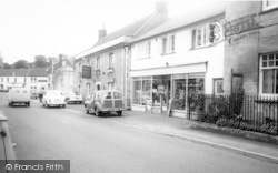 Castle Cary, The White Hart, Fore Street c.1965