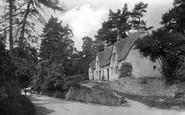 Castle Combe, 1907