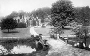 Castle Combe photo