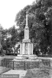 The Cross 1908, Castle Rising