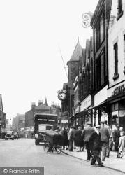 Castleford, Carlton Street c.1955