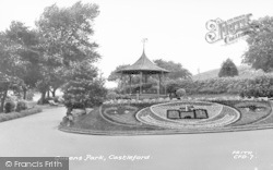 Castleford, Queens Park c.1955