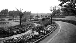 Castleford, Valley Gardens c.1955