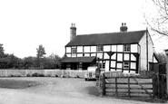 Castle Morton, Ye Old Robin Hood c1960