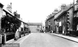 Cross Street 1932, Castleton