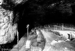 Peak Cavern 1896, Castleton