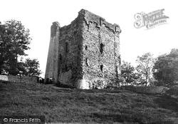 Peveril Castle 1896, Castleton