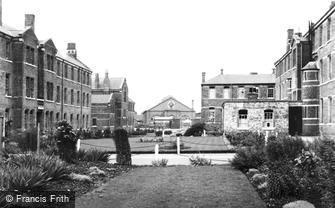 Caterham, Barracks, the Gardens 1951