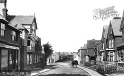 High Street 1900, Caterham