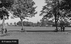Caterham, Queens Park 1948