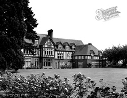 Caterham, Surrey Hills Clinic c.1960