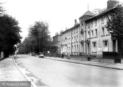 The Hydro Hotel 1925, Caterham