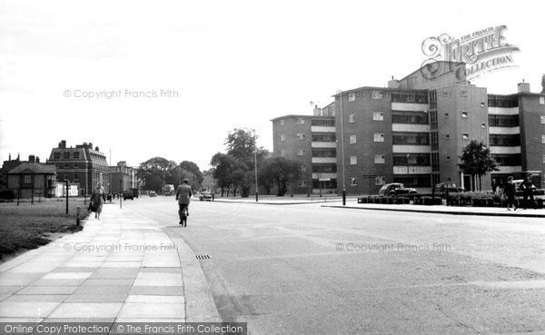Catford, Bromley Road c1960