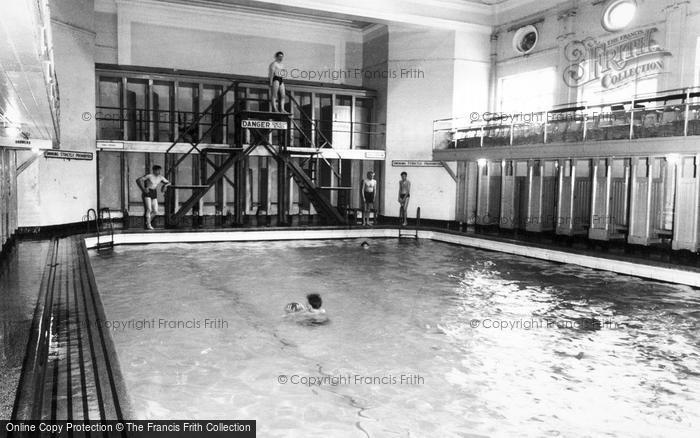 Photo of Catterick, The Swimming Baths, Sandes Soldiers Home c.1960