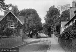 Caversham, 1923