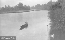 Caversham, Boating On The River 1923