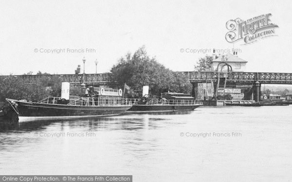 Photo of Caversham, Bridge And Salter's Steamers 1893