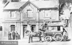 Caversham, Horse-Drawn Omnibus Outside The Prince Of Wales c.1900