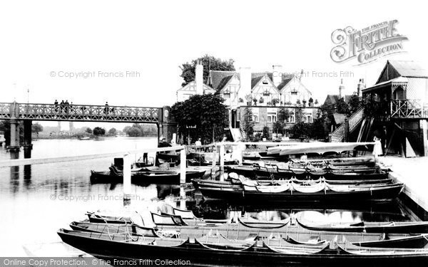 Caversham, Hotel and Bridge 1890