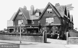 Caversham, The Hotel 1908