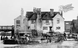 Caversham, White Hart Inn c.1865