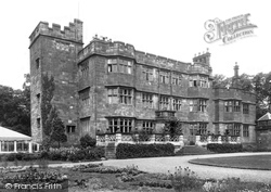 The Castle 1940, Caverswall