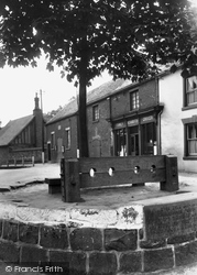 The Stocks 1940, Caverswall