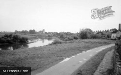 View From The Bridge c.1960, Cawood