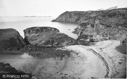 Cemaes Bay, Fydlyn Bay 1936