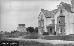 Gadlys Hotel And Terrace c.1936, Cemaes Bay