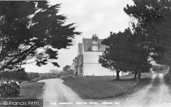 Cemaes Bay, Gadlys Hotel c.1936