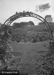 Gadlys Hotel, The Garden c.1936, Cemaes Bay