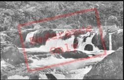 The Salmon Falls c.1960, Cenarth