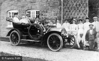 Cerrigydrudion, An Early Motor car in the Village 1907
