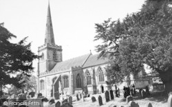 Chaddesley Corbett, St Cassian's Church c.1960