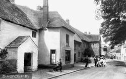 Chagford, Old Three Crowns Inn, High Street 1906