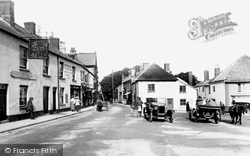 The Square 1922, Chagford