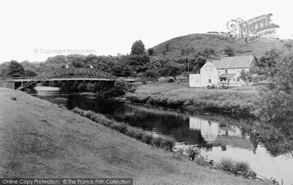 Chain Bridge, The Bridge And Inn c.1955