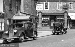 Chalfont St Peter, Austin Cars c.1950