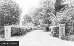 Chalfont St Peter, Chalfont Colony c.1960