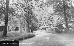 Chalfont St Peter, Welders Lane c.1950