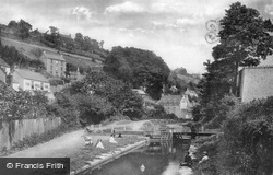 On The Canal 1910, Chalford