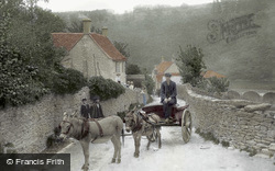 The Village 1910, Chalford