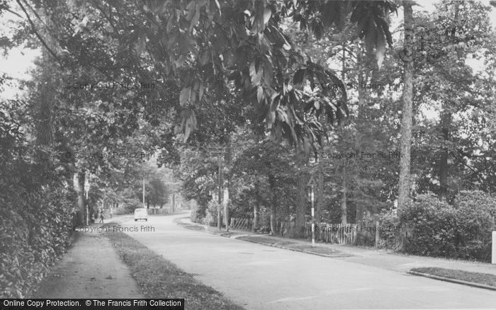 Photo of Chandler's Ford, Lakewood Road c.1955