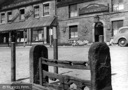 Chapel-En-Le-Frith, The Stocks c.1940