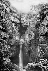 Chapel Le Dale, Weathercote Cave 1890, Chapel-Le-Dale