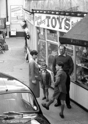 Chapel St Leonards, A Family c.1959
