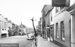 Chard, High Street c.1955