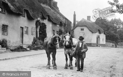 Old Man And Horses 1907, Chard
